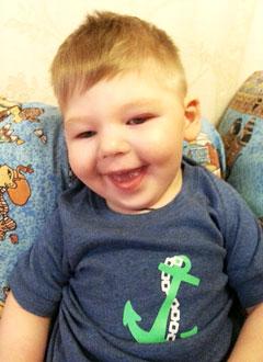 Алеша Акимов, 2 года, симптоматическая эпилепсия, требуется лечение. 199740 руб.