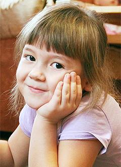 Лия Харисова, 6 лет, врожденный порок сердца, спасет эндоваскулярная операция, требуется окклюдер. 339200 руб.