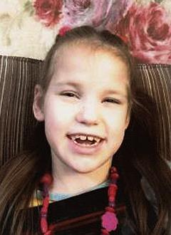 Ангелина Ставрова, 11 лет, детский церебральный паралич, требуется курсовое лечение. 199200 руб.
