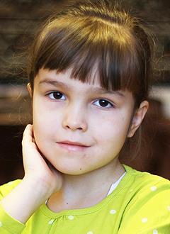 Милана Исмагилова, 6 лет, врожденный порок сердца, спасет эндоваскулярная операция, требуется окклюдер. 339200 руб.