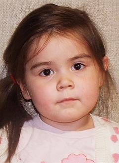 Влада Прокопчук, 5 лет, врожденный порок сердца, спасет эндоваскулярная операция, требуется окклюдер. 339200 руб.