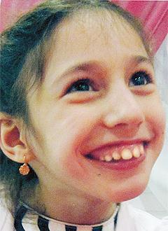 Алена Мельникова, 12 лет, детский церебральный паралич, эпилепсия, требуется лечение. 199430 руб.