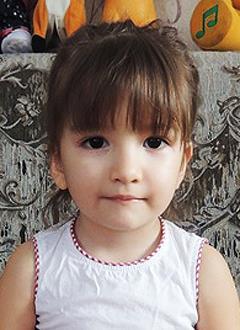 Самира Хайбрахманова, 3 года, врожденный порок сердца, спасет эндоваскулярная операция, требуется окклюдер. 339200 руб.