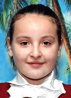 Ксюша Смолякова, 11 лет, врожденный порок сердца, спасет эндоваскулярная операция. 339063 руб.