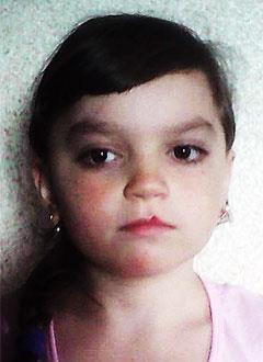 Саша Дмитриева, 11 лет, синдром Шерешевского – Тернера (генетическая аномальная низкорослость), требуется лекарство. 397500 руб.
