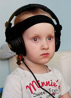 Элина Сорокина, 5 лет, детский церебральный паралич, требуется лечение. 33897 руб.