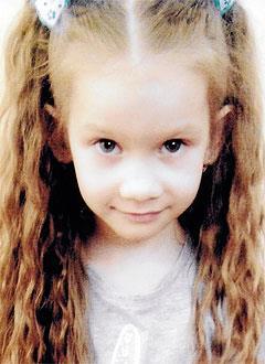 Вероника Жулина, 6 лет, расщелина нёба, требуется логопедическое лечение в стационаре. 166000 руб.