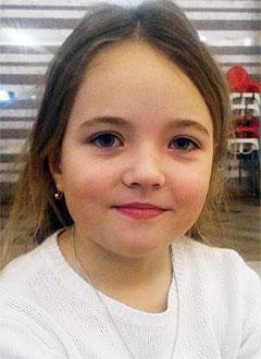 Катя Курганова, 8 лет, врожденный порок сердца, спасет эндоваскулярная операция. 339063 руб.