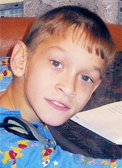 Саша Ладчук, 14 лет, детский церебральный паралич, требуется курсовое лечение. 190800 руб.