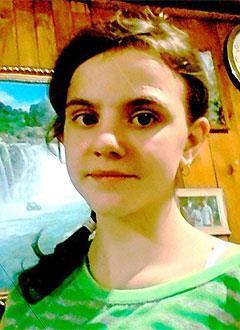 Настя Ильинова, 13 лет, воронкообразная деформация грудной клетки, требуется операция. 206622 руб.