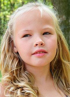 Кира Парфенова, 9 лет, врожденный порок сердца, спасет эндоваскулярная операция. 396029 руб.
