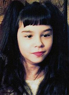 Ангелина Рослякова, 13 лет, детский церебральный паралич, требуется курсовое лечение. 190800 руб.