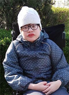 Катя Кузнецова, 14 лет, детский церебральный паралич, требуется инвалидная коляска. 164920 руб.