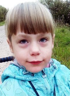 Настя Горячева, 8 лет, детский церебральный паралич, эпилепсия, требуется лечение. 199430 руб.