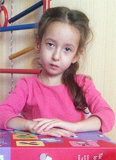 Милана Скрипко, 6 лет, органическое поражение центральной нервной системы, требуется лечение. 199430 руб.