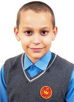Назар Куликов, 12 лет, задержка психоречевого развития, требуется курсовое лечение. 199200 руб.