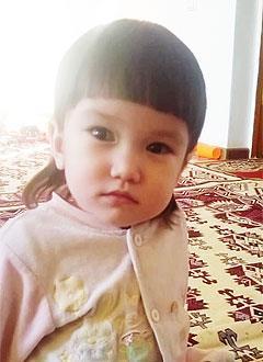 Асия Маусынбаева, 3 года, несовершенный остеогенез, требуется курсовое лечение. 527310 руб.