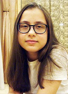 Маша Сафоева, 11 лет, врожденный порок сердца, спасет эндоваскулярная операция. 390756 руб.