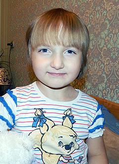 Таня Зайцева, 5 лет, врожденный порок сердца, спасет эндоваскулярная операция, требуется окклюдер. 23982 руб.