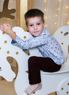 Ярослав Терещенков, 5 лет, муковисцидоз, легочно-кишечная форма, требуется лекарство на 10 месяцев. 450650 руб.